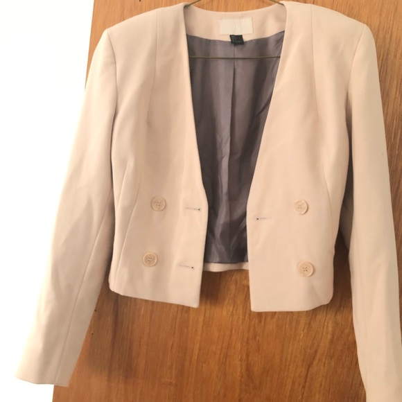 H&M Jackets & Blazers - H&M Cream Cropped Blazer Women's Sz 4 Camel Color